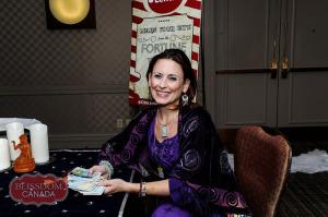 Lori Lytle of Inner Goddess Tarot at Blissdom 2014's Carnival Night