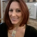 Lori of Inner Goddess Tarot wearing pendant