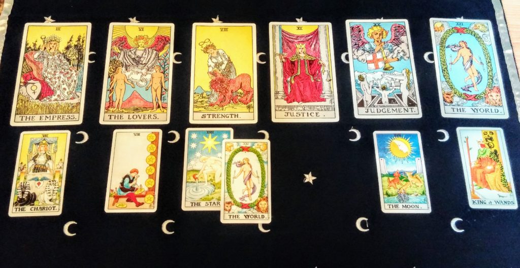 Tarot spread for universal love and compassion