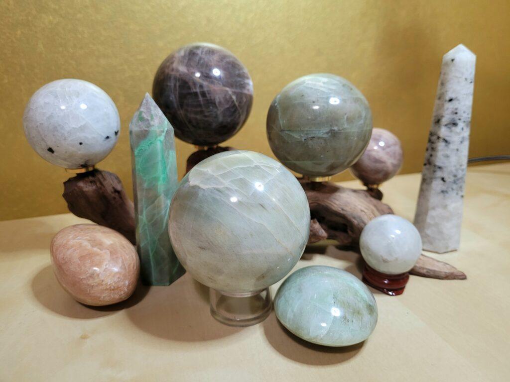 moonstone-crystals